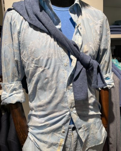 Artikel 241 / Hemd Ganesh 109.95 / T-Shirt MO'P 49.95