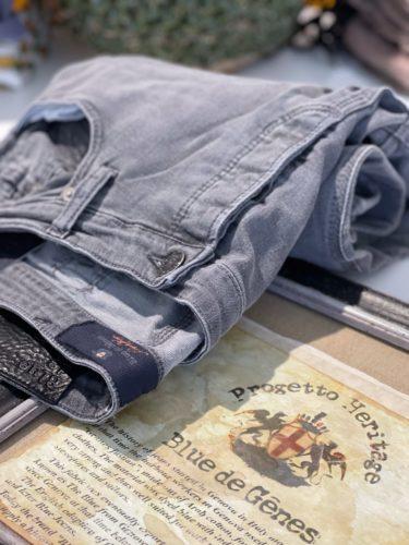 Artikel 316 / Jeans Blue de Gênes 189.95